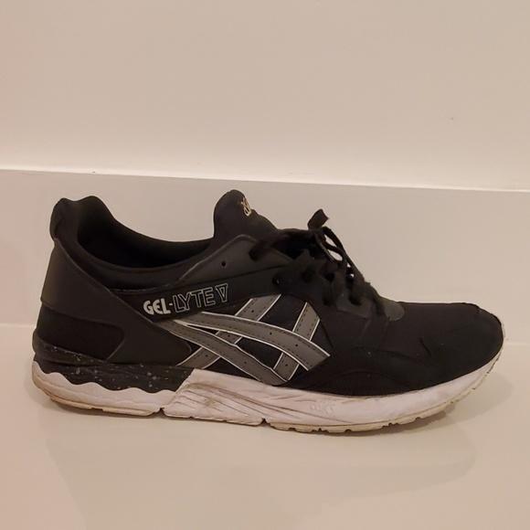 new style 853a6 2c78f Asics Gel Lyte V running shoe black grey 13 hn6a4